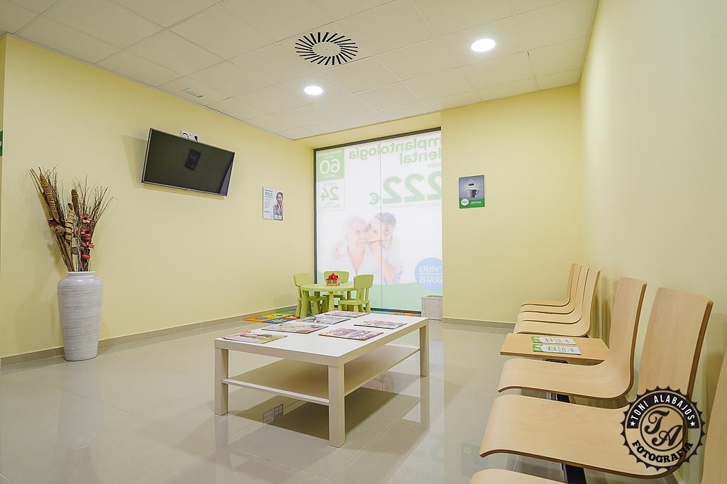 Fotografía Comercial en Valencia Clinica Avandent 8